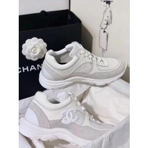 Chanel Women Low-Top Sneakers White CHS-127