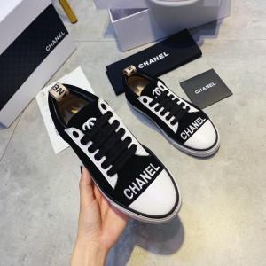 Chanel Women Low-Top Sneakers Black CHS-022