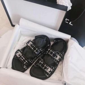 Chanel Women Flat Sandals Black CHS-064